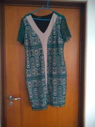 Vestido curto, verde com bege de renda tm gg