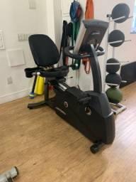 Bicicleta ergométrica Life Fitness R3