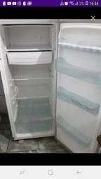 Vendo geladeira usada