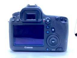 Câmera fotográfica Cânon 6D mais acessórios