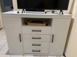 Cômoda branca (estante)