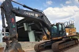 Escavadeira John Deere