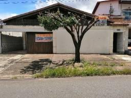 Título do anúncio: Casa ampla -Comercial / Residencial - Jd. da Luz - Goiânia - GO.