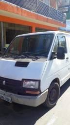 Título do anúncio: Trafic Renault 2000