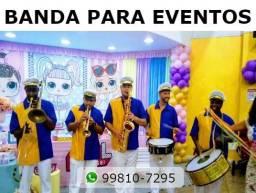 Título do anúncio: Animação com Banda, Perna de Pau, Malabares e Palhaços - Festa Infantil com Personagens