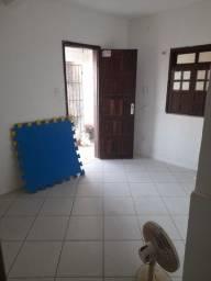 Título do anúncio: Aluguel 1/4 sala cozinha e banheiro Itapuã