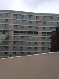 Apartamento 1/4 No Politeama Com 2 Banheiros e Estacionamento