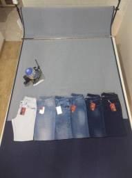 Fabrica calças jeans masculinas e femeninas