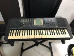 Teclado Yamaha PSR 530
