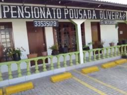Aluguel de quartos para solteiros(as) direto com proprietário no Centro de Curitiba - PR