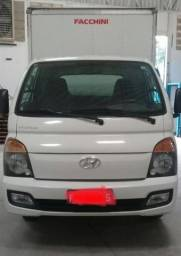 Hyundai HR C/Baú - 2014