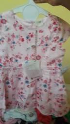 Vestido novo de 9 a 12 meses
