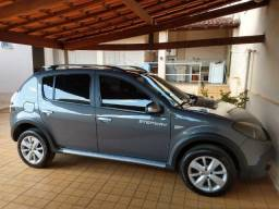 Renault Sandero Stepway Hi-Flex 1.6 16V Automático - 2012