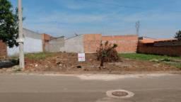 Terreno c/ 250m² no Parque Souza Queiroz em Cosmópolis-SP. (TE0075)