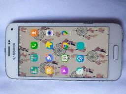 Vendo Samsung Galaxy s5 com um trincado que não interfere em nada 250,00