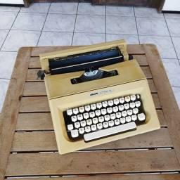 Olivetti Lettera 25 na cor marfim funcionando Maquina de escrever antiga - antiguidade