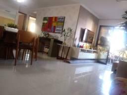 Apartamento amplo e moderno com 120m² e 2 vagas no Corredor Vera Arruda Stella Maris