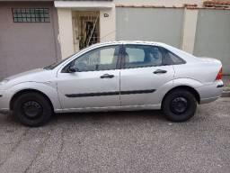 Focus sedan 2008 1.6 14.300