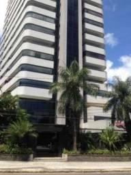 Padrão MD, B. Rio, Ilha do Retiro, 255 m2, 4 qts, 2 stes, closet, 3 vgs