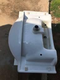 Vendo Pia de banheiro