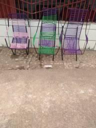 Cadeiras de balanço é fixa