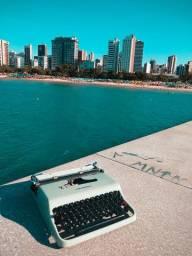 Olivetti Lettera 22 em metal Maquina de escrever antiga - antiguidade