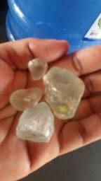 Vendo estas pedras dê topázio para anéis colares:etc