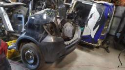 Título do anúncio: Traseira baixa Honda fit twist 2013