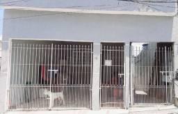 Imóvel com 3 casas na Vila Conquista Carapicuíba