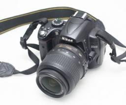 Nikon D5000 + lente 18-55 vr Novíssima (Filma e Fotografa)