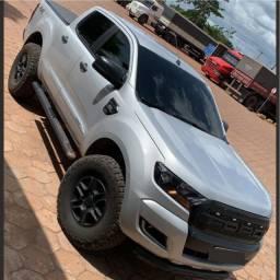 Ford Ranger XLS 2.2 4x4 Cabine Dupla Diesel Automática 2018 Prata