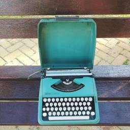 Olivetti Lettera 82 Maquina de escrever antiga - antiguidade