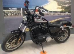 Harley Davidson 883R 2014 com ABS e chave de presença.