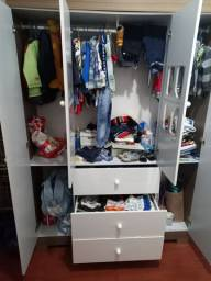 Guarda roupa Canaã