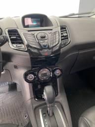 New Fiesta Titanium 2014 Hatch
