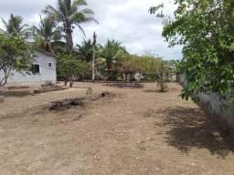 Casa com Terreno Amplo na Agrovilla