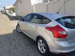 Ford focus se 1.6 hacth completo 2014