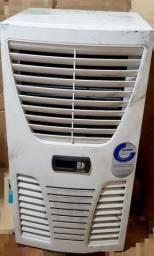 Ar condicionado de painel elétrico