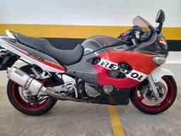Gsx750f 2005 excelente preço 12 vezes no cartão troco carro ou moto