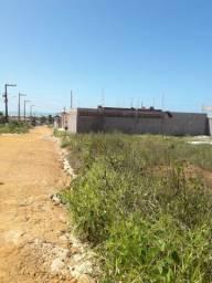 Vendo terreno em Carabibus.