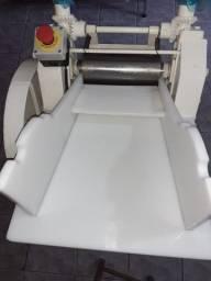 Cilindro Massa Pastel Profissional Novo (Marca Leão) 10 X Cartão R$ 1.090,00