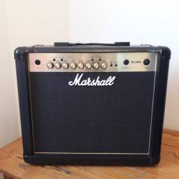 Amplificador Marshall MG30fx Gold