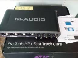 Placa M Audio Fast Track Ultra 8x8 Interface, semi nova na caixa