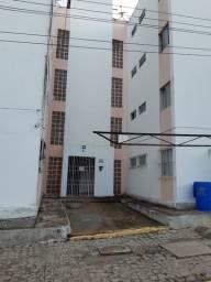 Apartamento em Condomínio fechado. Rio Doce.