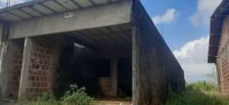 Título do anúncio: Vende-se esta casa  de laje em Barreiros.