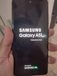 Vendo um Samsung A51 128 gigas de memória