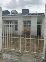 Casa, individual, próximo de rua calçada em Pau Amarelo - Paulista - PE