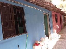Vendo casa com 2 quartos no Bairro de Aguazinha / Olinda