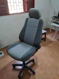 Vendo Banco adaptado para cadeira gamer