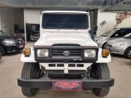 Toyota Band. Jipe Diesel 2.3 - 2000